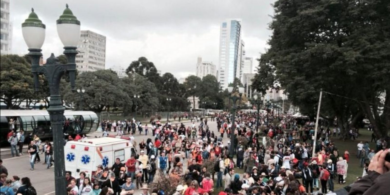 Así lucían los manifestantes en Curitiba. Foto:Vía Twitter @syndicalisms