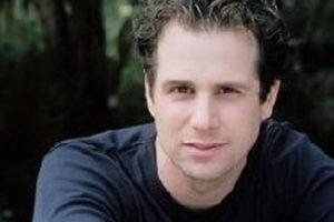 Interpretado por Michael Manasseri Foto:Vía imdb.com