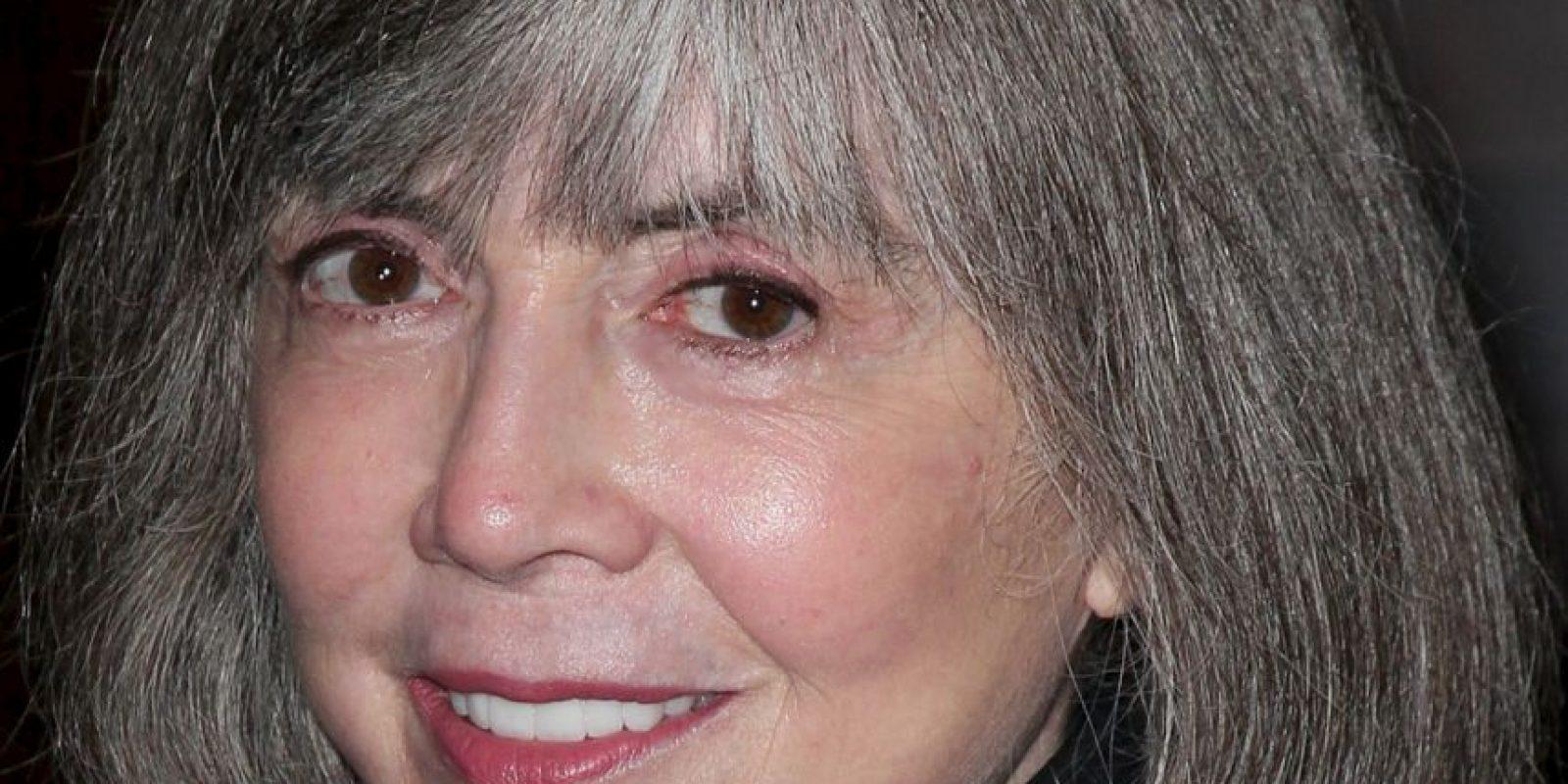 """Anne Rice, autora de las legendarias """"Crónicas Vampíricas"""", defendió al libro, diciendo que por primera vez las mujeres podían hablar de sus fantasías sexuales. También la apoyó Debby Hebernick, académica de la Universidad de Indiana, en este postulado. Foto:vía Getty Images"""