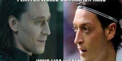 """El plan secreto de """"Loki"""" se reveló: era nada más ni nada menos que el futbolista Mezut Ozil. Foto:vía QuickMeme"""