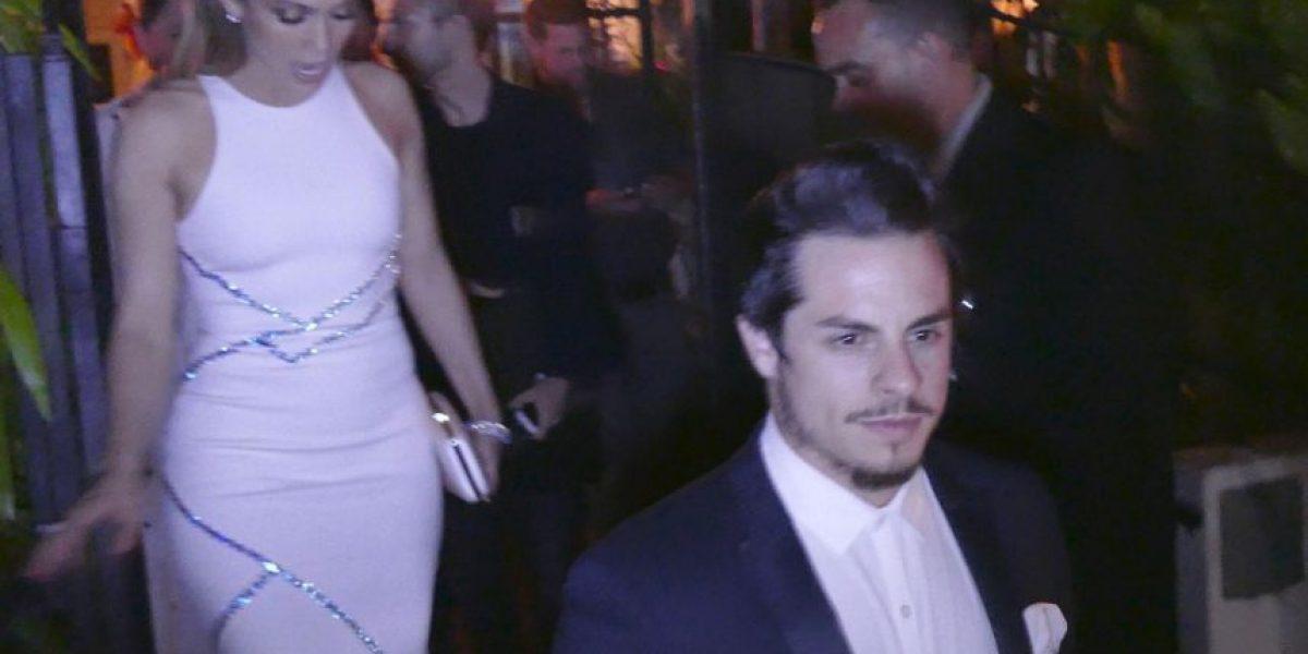 FOTOS: El entallado vestido que lució Jennifer López en cena romántica