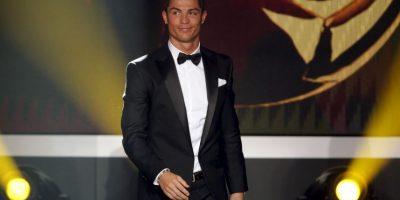 Cristiano Ronaldo es uno de los futbolistas más ricos del mundo y que, año con año, ingresa grandes cantidades de dinero por su sueldo como jugador y patrocinadores. Foto:Getty Images