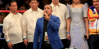 Espinoza Paz interpretó el Himno Nacional Mexicano Foto:Getty Images