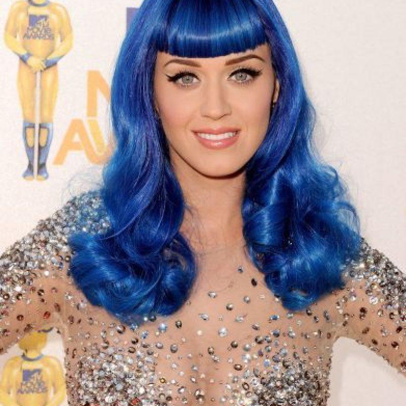 Durante sus presentaciones, la cantante utiliza pelucas de color Foto:Getty Images