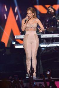 Después de su interpretación la cantante fue invitada a la zona VIP Foto:Getty Images