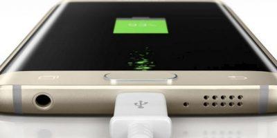 Lo que más llama la atención es su pantalla curva de 5.1. Además tiene un procesador de ocho núcleos, Android 50, cámara posterior de 16 megapixeles, frontal de 5 megapixeles y batería de 2.600 mAh. Foto:Samsung