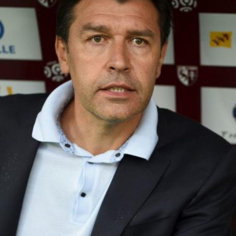 Hubert Fournier (47 años), entrenador del Lyon Foto:Getty Images