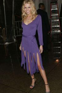 """Theodora Richards parecía salida de """"Los Picapiedra"""" en 2004. Foto:vía Getty Images"""
