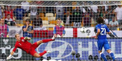 "4. El penal ""a lo Panenka"" ante Inglaterra Foto:Getty Images"