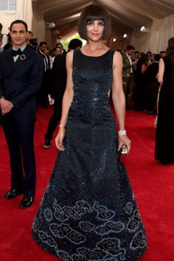 Katie Holmes peca con un vestido que la avejenta. Foto:vía Getty Images