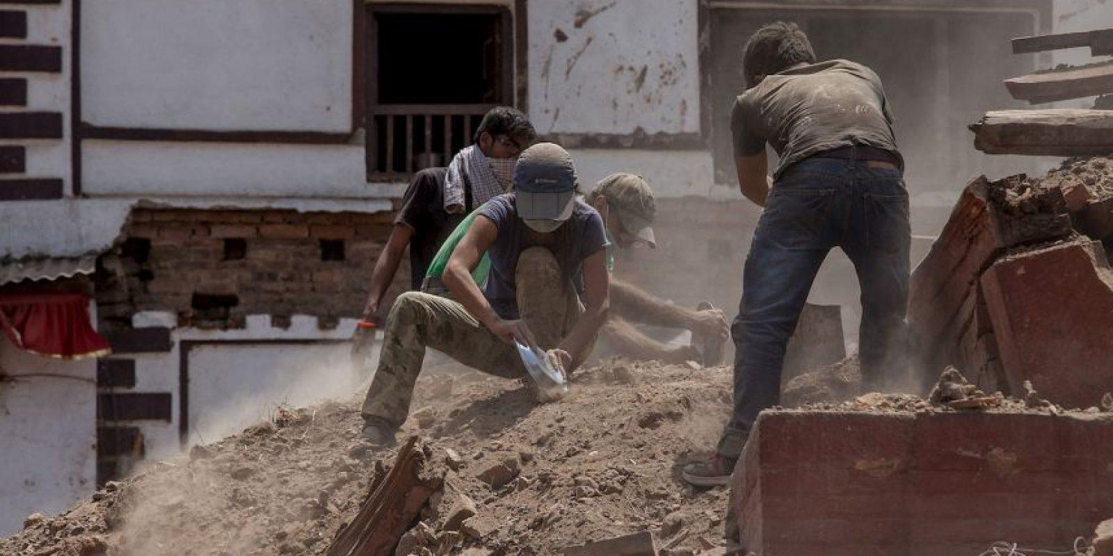 7. Decenas de réplicas se han sentido tras el desastre. Foto:Getty Images