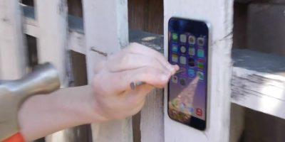 La forma más cruel es utilizando un clavo y un martillo. Foto:TechRax