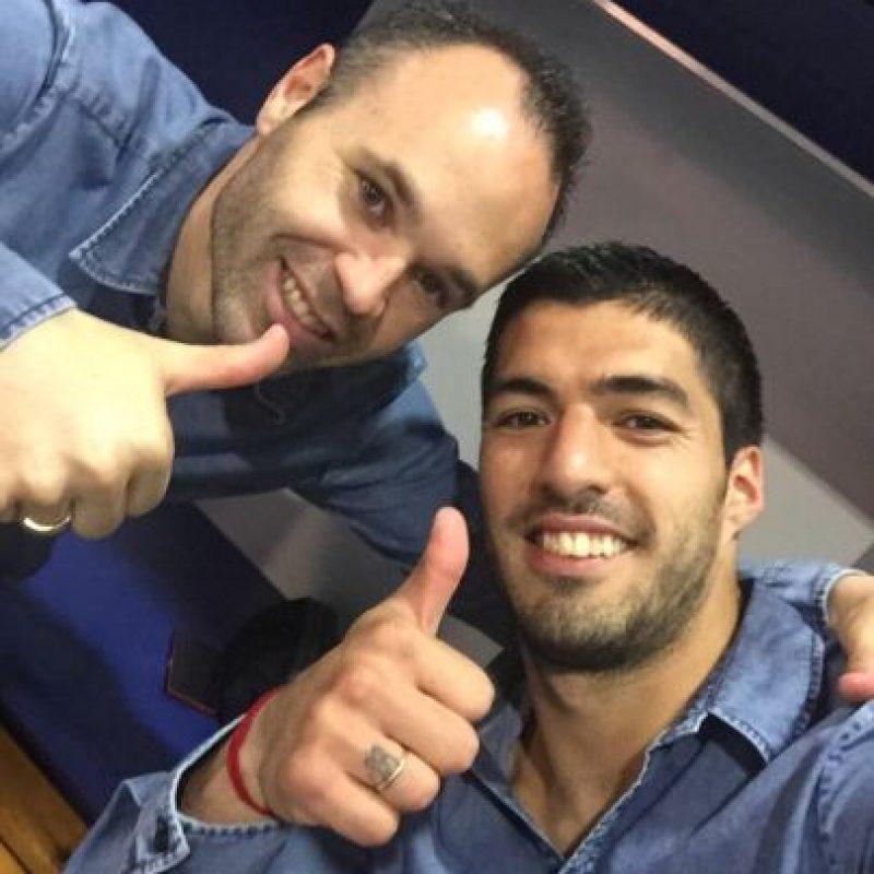 Luis Suárez, de 28 años, juega en el Barcelona y es uno de los mejores futbolistas latinoamericanos en la actualidad. Foto:Vía twitter.com/LuisSuarez9