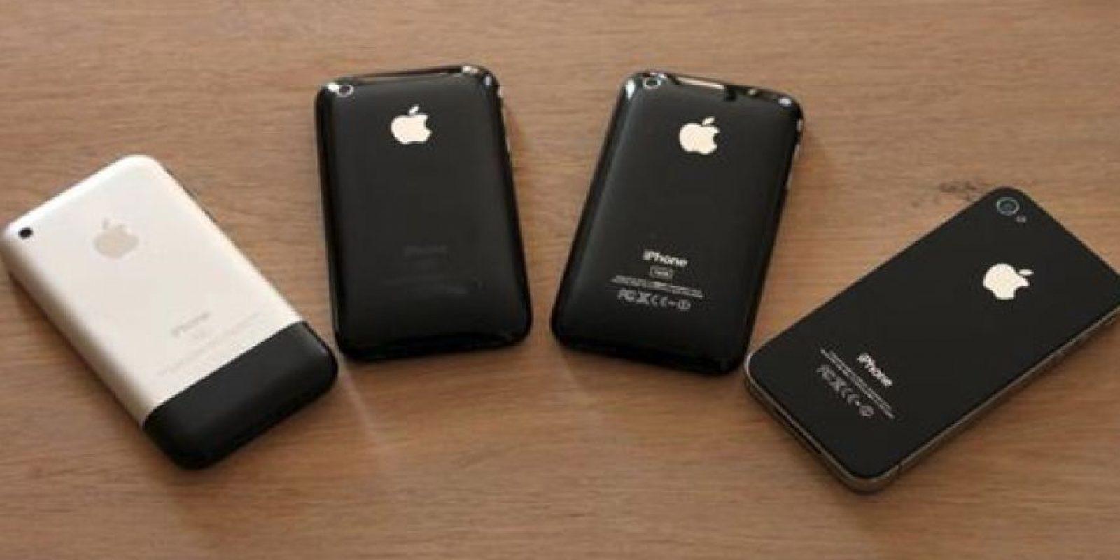 "Ejecuta el sistema operativo móvil iOS antes conocido como ""iPhone OS"" hasta mediados de 2010 Foto:twitter.com/PepeWonberg"