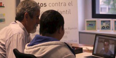 Los pacientes no tienen que pagar nada, ya que todos los gastos son absorbidos por la fundación. Foto:Vía Youtube Fundación Pérez Scremini