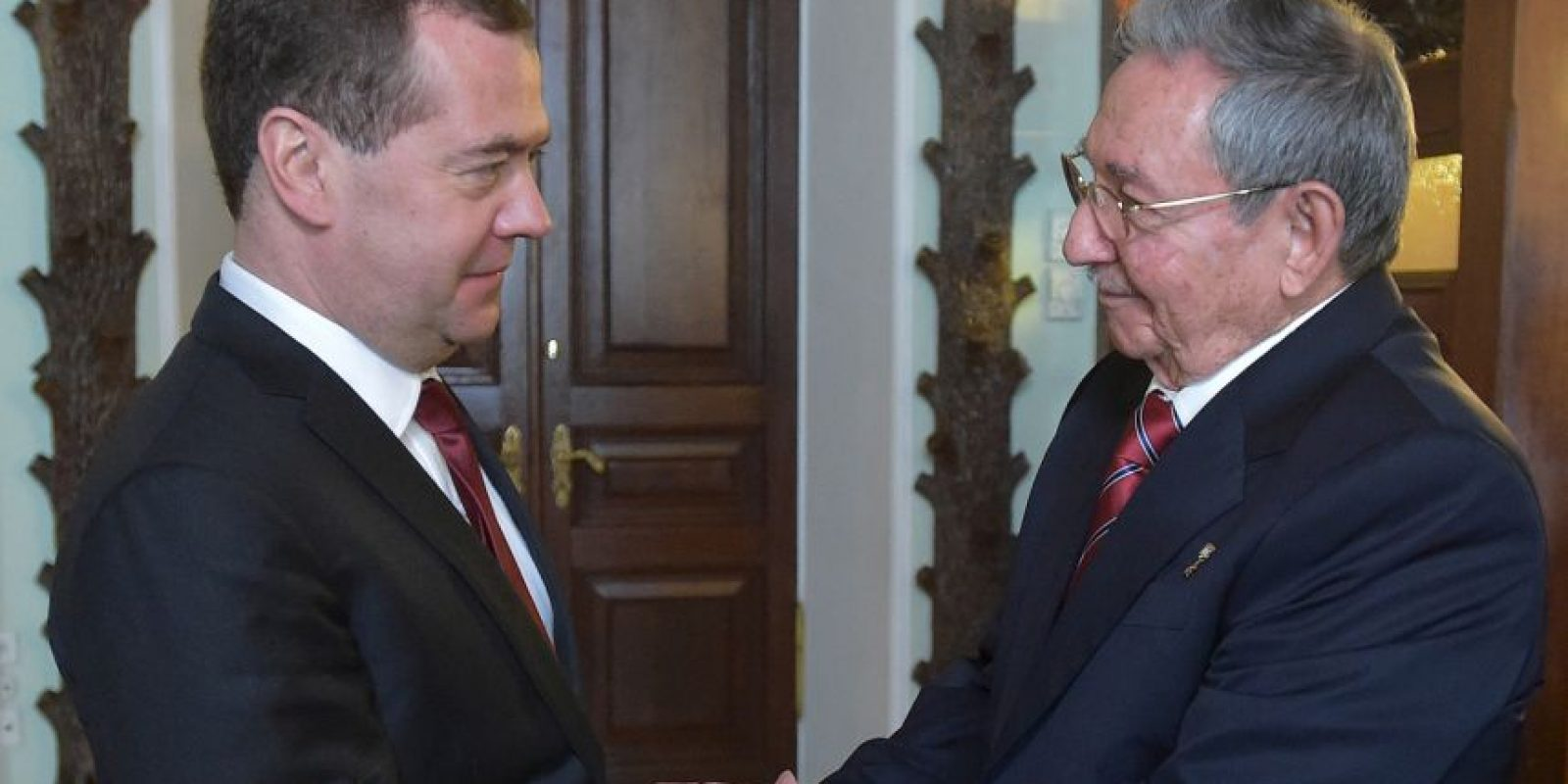 Castro inició sus reuniones en Rusia, con el primer ministro ruso, Dimitri Medvedev. Foto:AFP