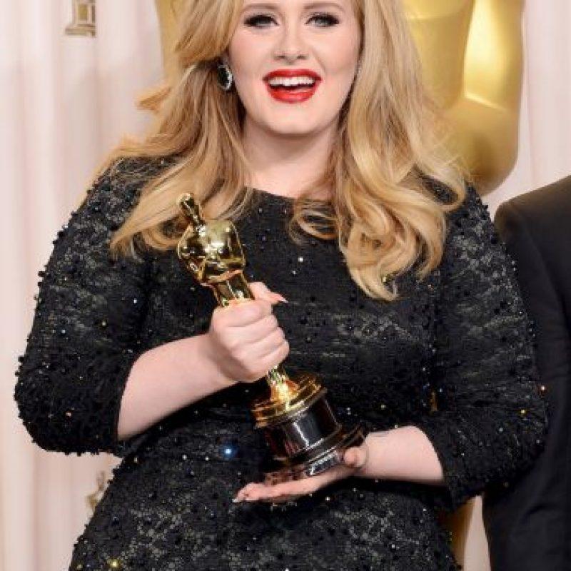 En 2012, Adele decidió irse de la red social por amenazas de su muerte. Regresó y su cuenta actualmente está activa. Foto:Getty Images
