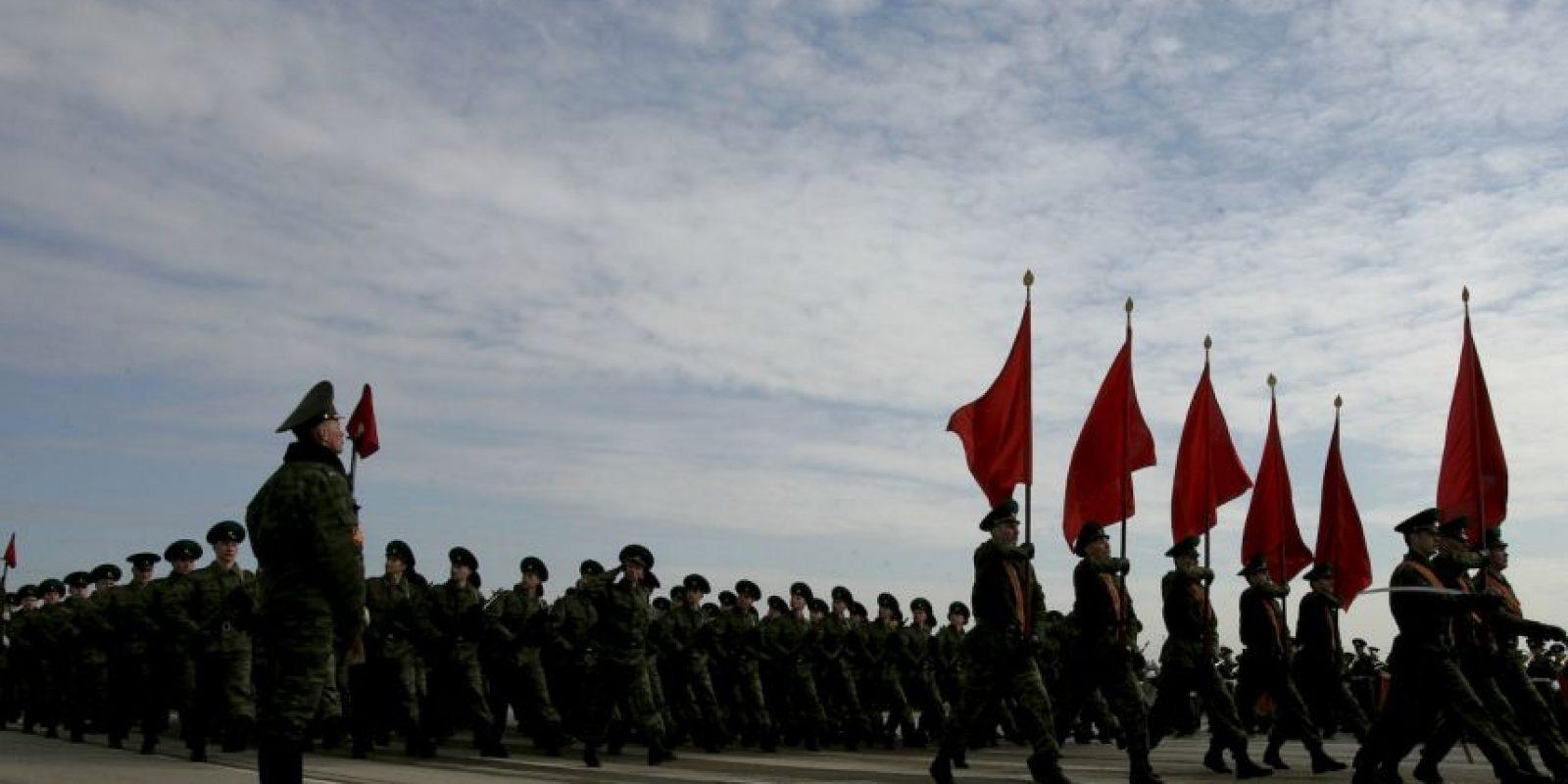 La celebración a la que fue invitado Castro conmemoran el 70 aniversario de la victoria del Ejército soviético sobre la Alemania nazi Foto:Getty Images