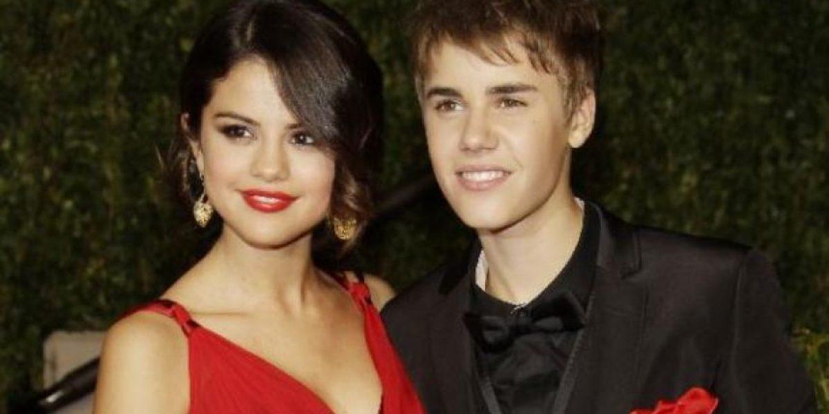Selena Gómez encontró en la cama a Justin Bieber... ¡con esta famosa!