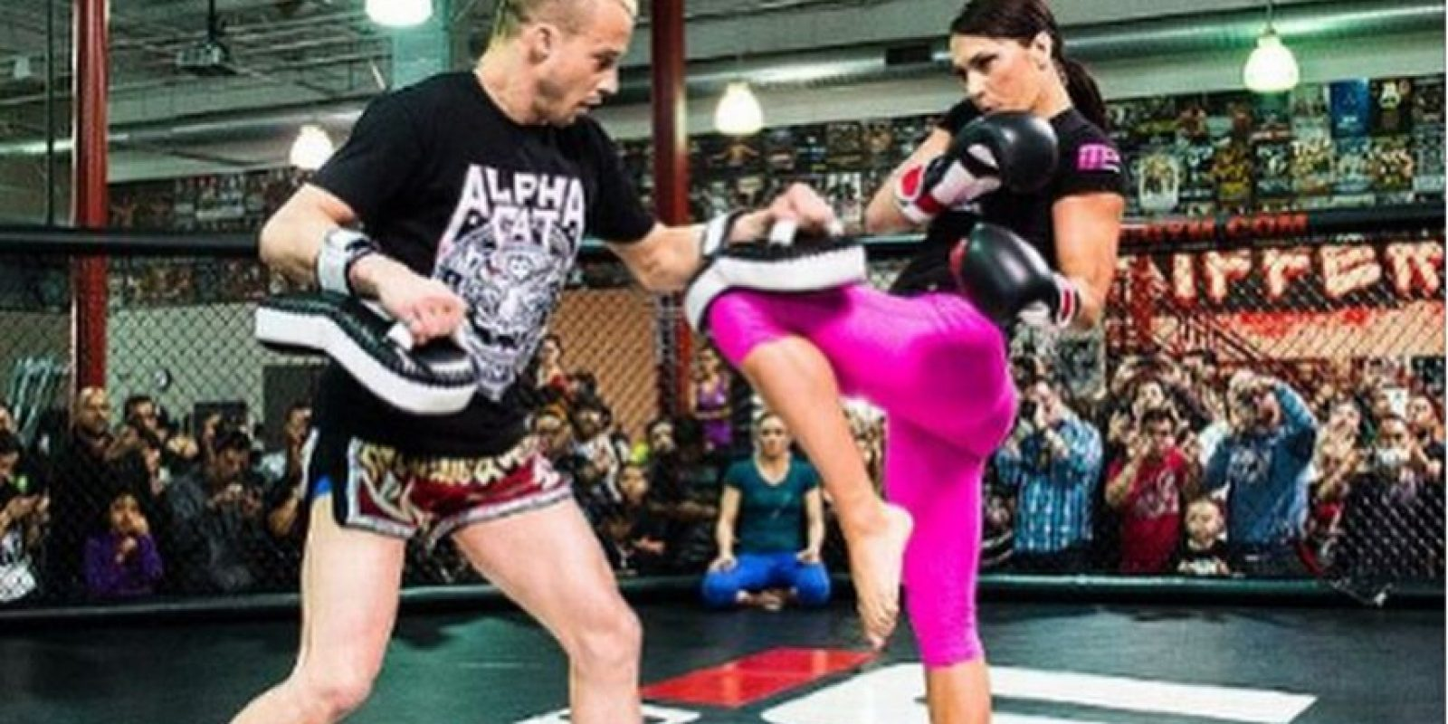 La peleadora de artes marciales mixtas es una de las cartas fuertes de la UFC. Fue la primera madre de la empresa estadounidense Foto:Vía instagram.com/alphacatzingano