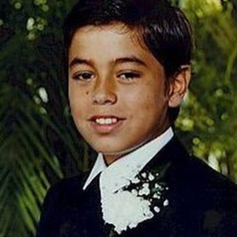 Así era el cantante de niño Foto:vía instagram.com/enriqueiglesias