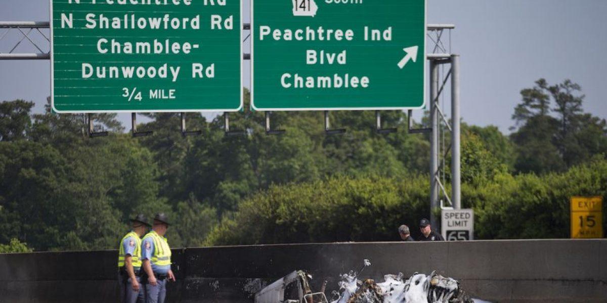 Cae avioneta en Atlanta y mueren cuatro personas