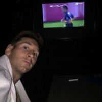 El astro argentino compartió una foto donde mostró que estaba siguiendo las acciones del River Plate vs Boca Juniors en la Copa Libertadores. Foto:Vía instagram.com/leomessi