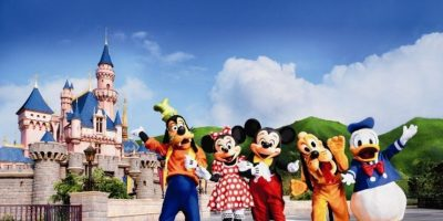 """En la atracción """"Hall de los Presidentes"""", en el Reino Mágico del parque de Orlando, hay un sello presidencial en el suelo. Es uno de los únicos 3 que existen en Estados Unidos Foto:Disney"""