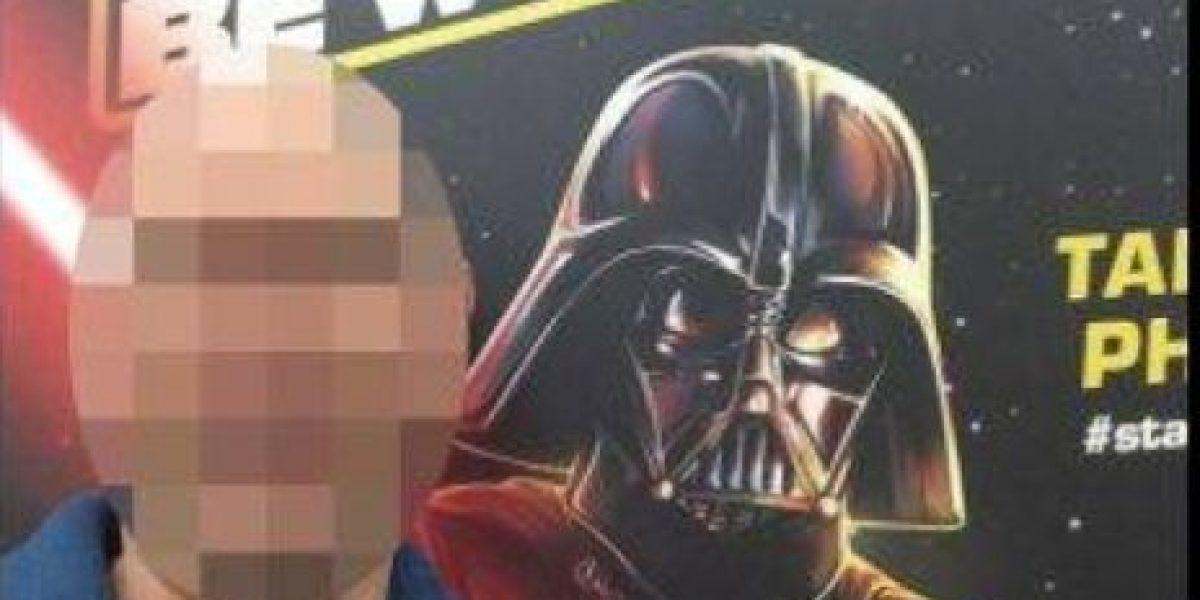 Por tomarse selfie con Darth Vader pensaron que era pedófilo