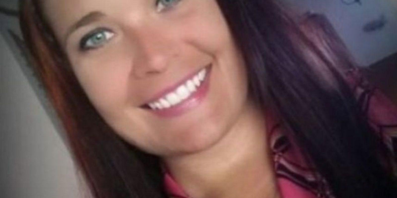 El estudiante, de 15 años, confesó que tuvo sexo con la maestra en su salón de clases, en el automóvil de la profesora y en su casa Foto:Facebook
