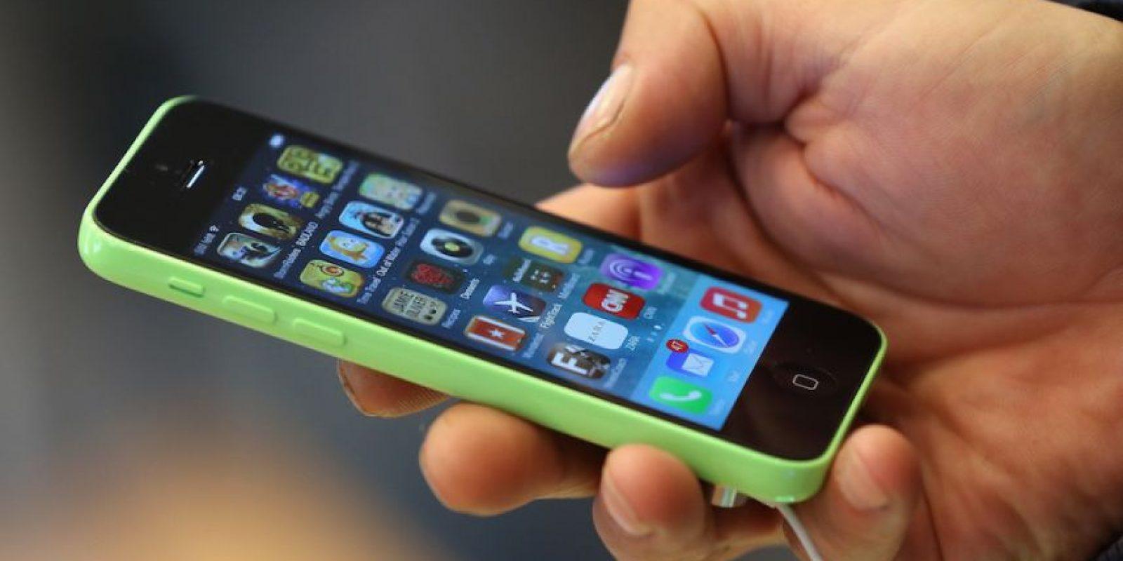 En febrero de 2014, una niña de 14 años de edad sufrió quemaduras de segundo grado a causa de su iPhone 5c. Foto:Getty Images
