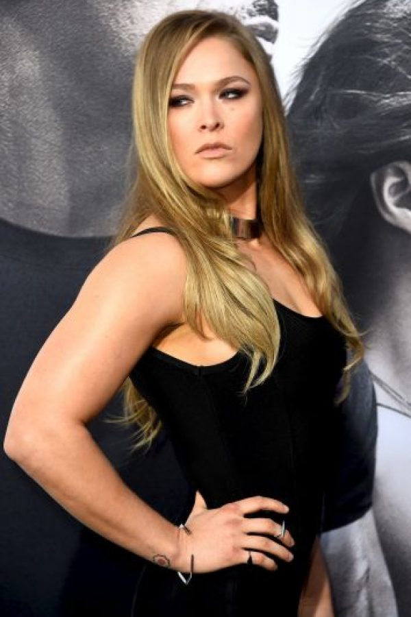 De 28 años, Ronda Rousey es considera hoy la mejor peleadora de artes marciales mixtas libra por libra. Foto:Getty Images