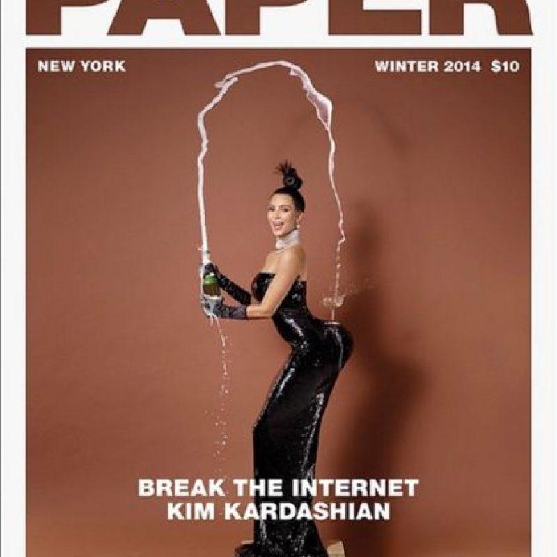 """5.- En noviembre de 2014, la socialité se desnudó para la revista """"Paper Magazine"""", quienes tenían la intención de """"Romper Internet"""" Foto:Vía instagram.com/kimkardashian"""