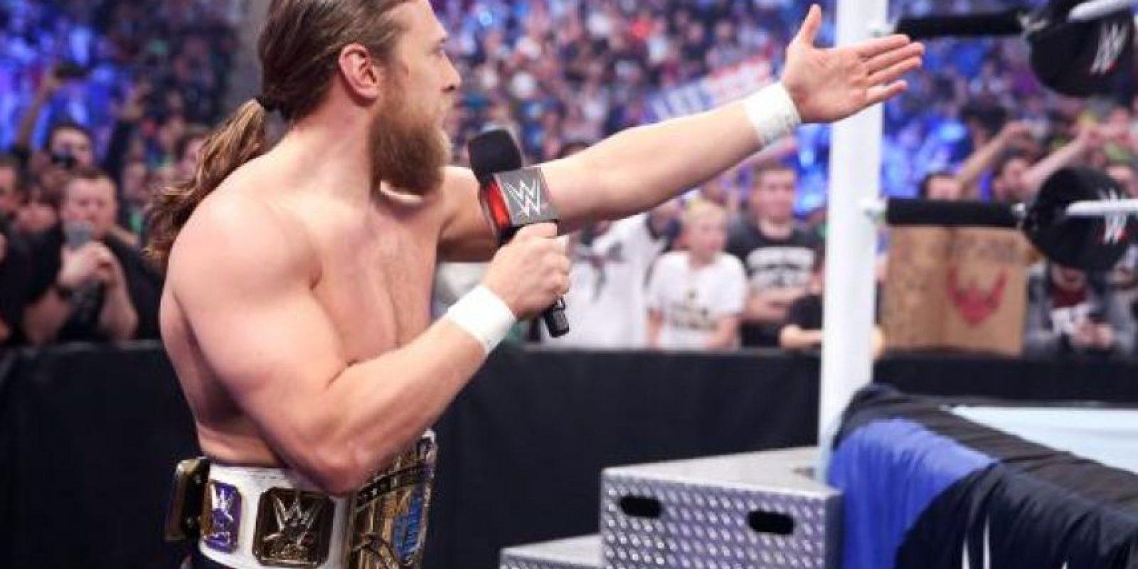"""En la """"Vitrina de los Inmortales"""" venció a Bad News Barrett Foto:WWE"""