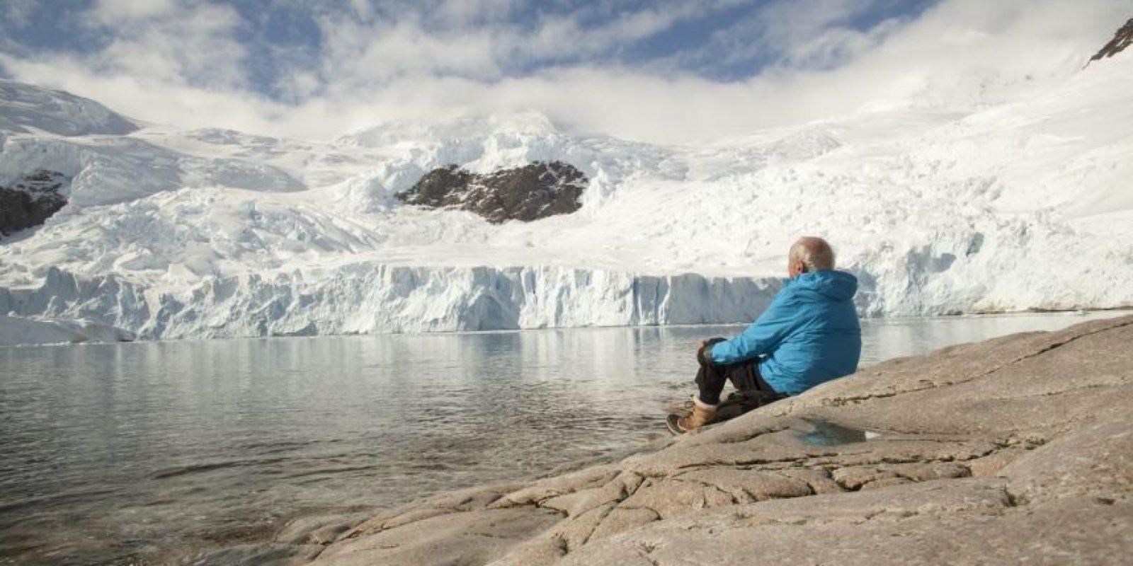 Narra los descubrimientos del científico Claude Lorius, quien estudió la Antártida en 1957 y a través de sus conocimientos busca generar conciencia sobre los peligros que la humanidad impone a su propio planeta. Foto:IMDB