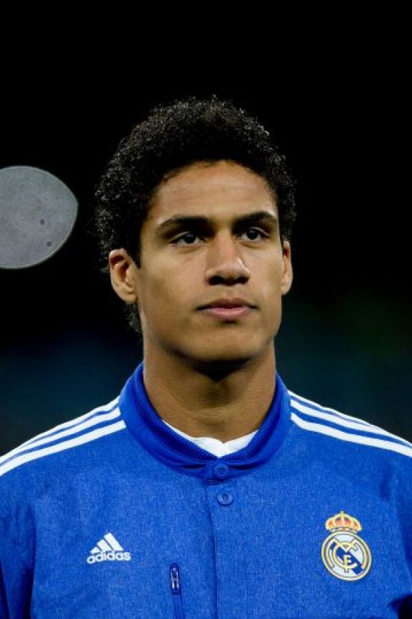 Raphael Varane estará en la central Foto: Getty Images