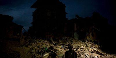 La cifra de muertos por el primer sismo supera las ocho mil personas Foto:Getty Images