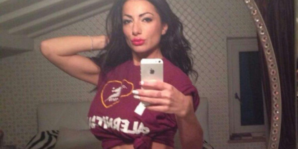FOTOS: No la dejaron desnudarse por ascenso de su equipo