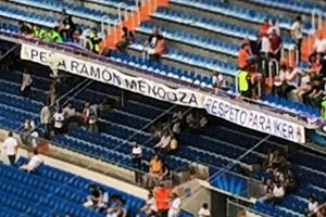 Esta fue desplegada durante el duelo entre Real Madrid y Juventus en el Santiago Bernabéu. Foto:Vía Twitter.com/bernabeudigital