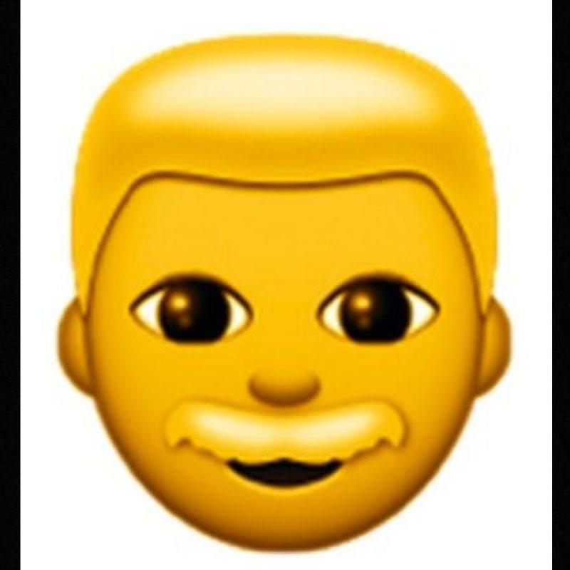 Para evitar confusiones con un niño, este emoji tiene un bigote que lo distingue como hombre Foto:Emojipedia