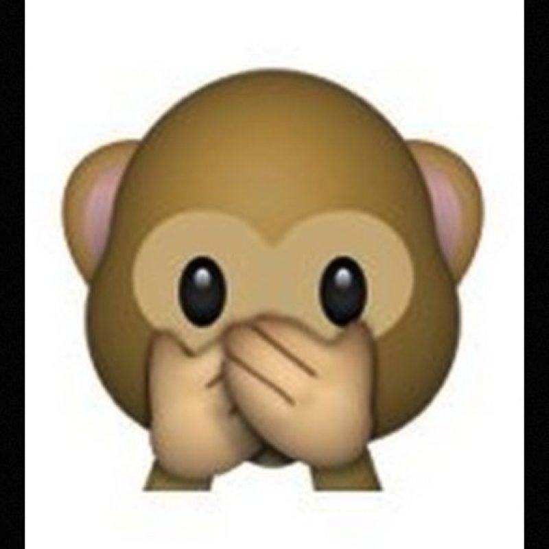 """Es uno de los tres monos sabios, parte de un proverbio budista que en este caso es: """"No voy a decir el mal"""". Utilizado para como: """"No voy a decir nada"""", """"mis labios están sellados"""" o """"no voy a decir eso"""" Foto:Emojipedia"""
