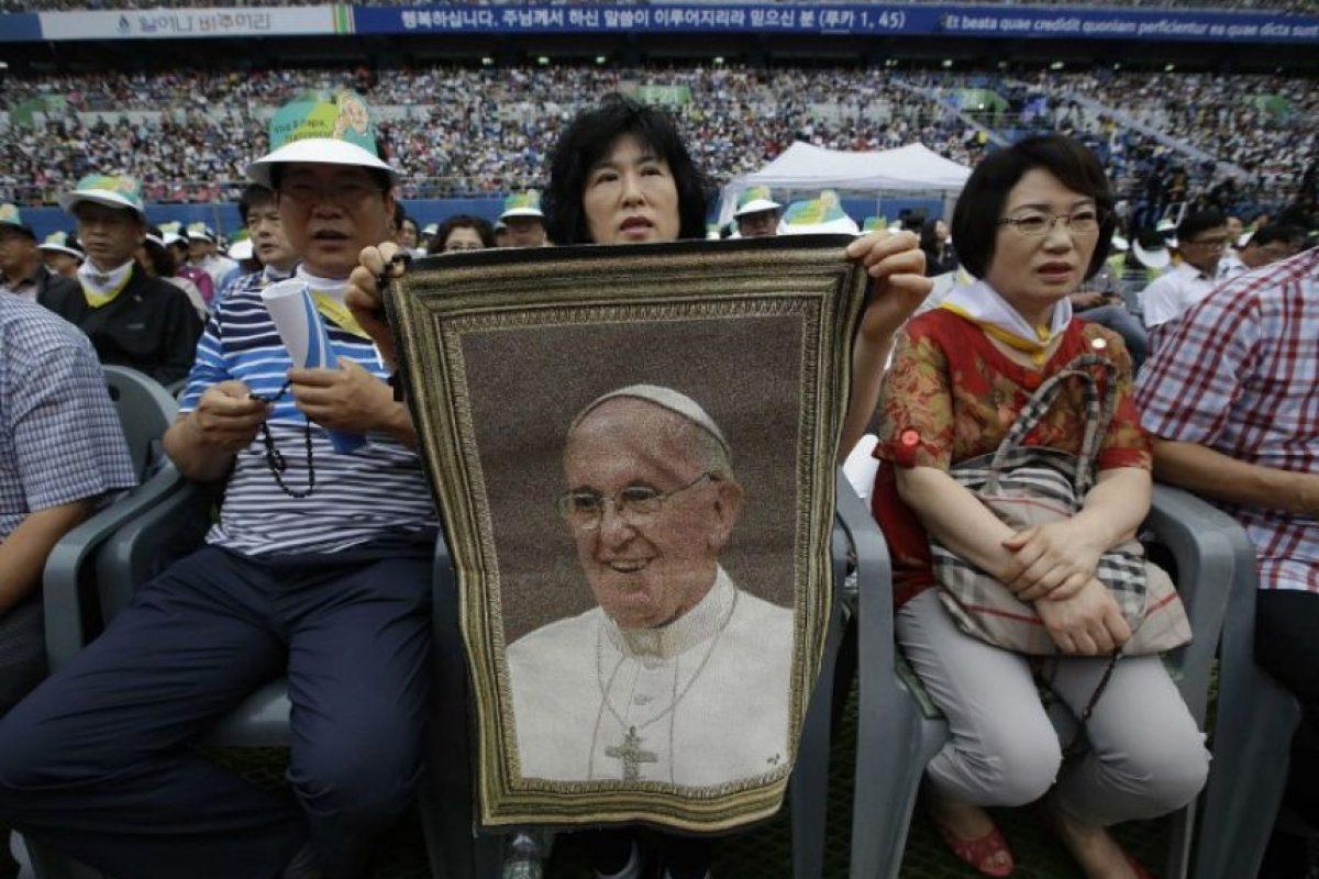 """""""Oremos para el surgimiento de nuevas oportunidades para el diálogo, el encuentro, la resolucuón de diferencias y por un reconocimiento de que todos los coreanos son miembros de una sola familia"""", dijo. Foto:AFP"""