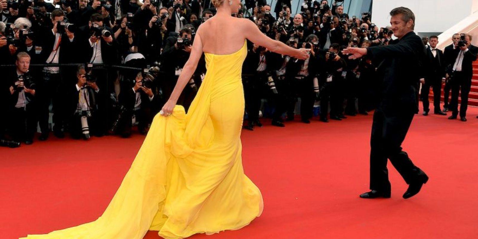 Charlize Theron y Sean Penn se robaron la alfombra roja Foto:Getty Images