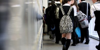 """Por su parte el profesor mencionó: """"Los alumnos deben estar desnudos para pasar el examen final"""". Foto:Getty Images"""