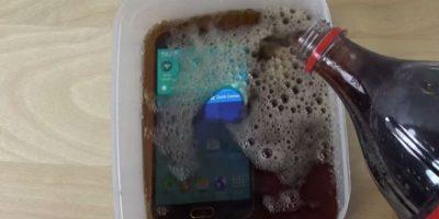 La gaseosa estuvo en el dispositivo por dos minutos. Foto:adrianisen