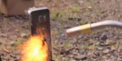 Así quemaron al Galaxy S6. Foto:EverythingApplePro