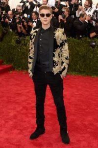 Bieber sorprendió al público con sus dotes de baterista Foto:Getty Images