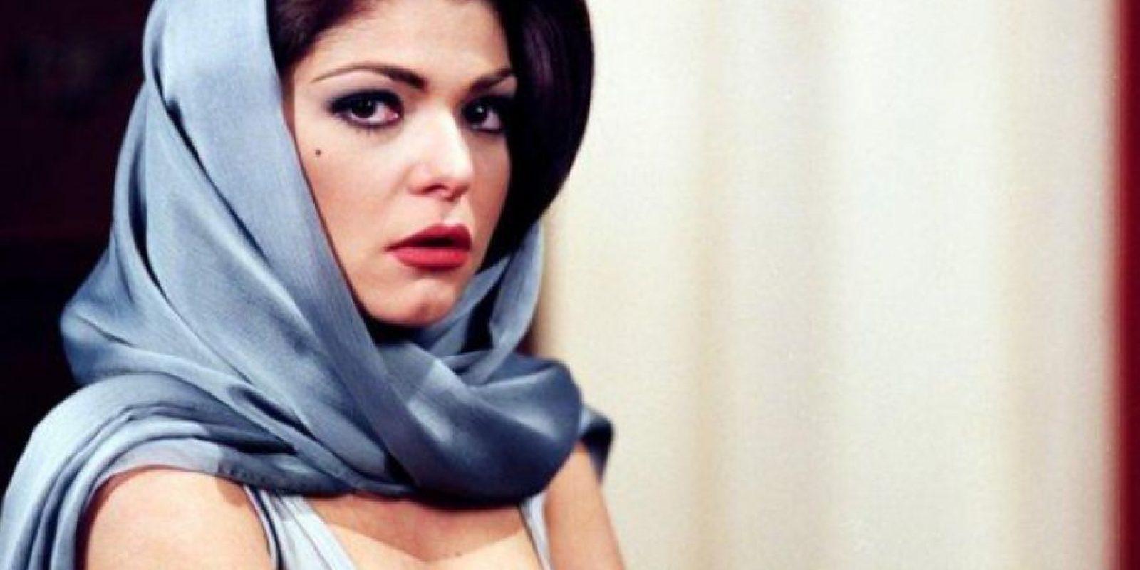 Una pañoleta al estilo de las actrices clásicas. Foto:vía Canal de las Estrellas