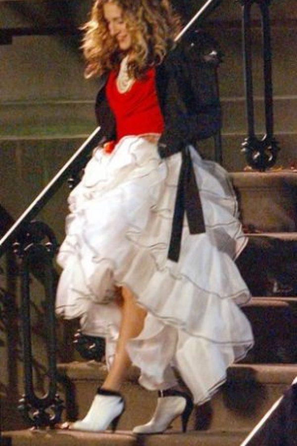 Botas con falda de olanes Foto:HBO