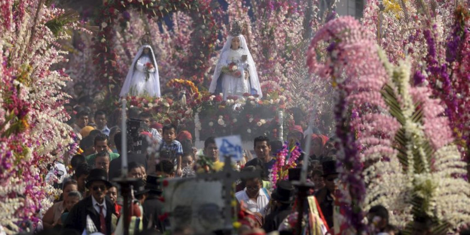 Festival de las Flores y Palmas en El Salvador. Foto:AFP